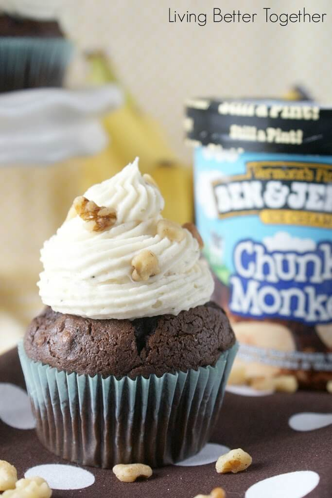 Chunky Monkey Cupcakes | www.sugarandsoul.co