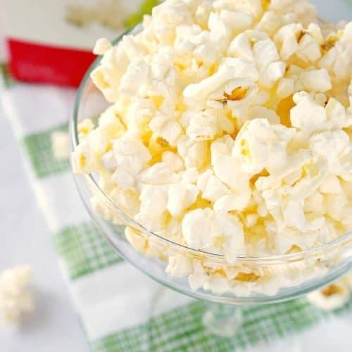 Stylish Snacking with Skinny Girl Popcorn