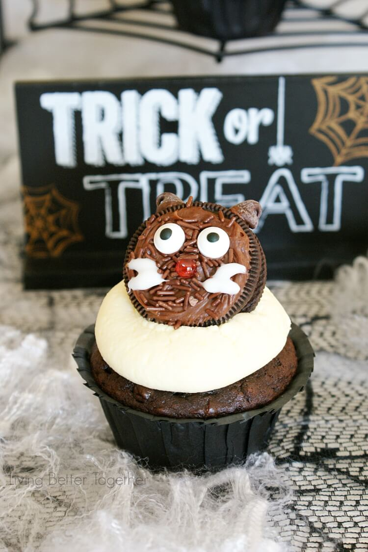 Easy Halloween Snacks Party | Living Better Together