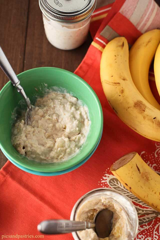 This Peanut Butter Banana Overnight Oatmeal is easy to prepare and great for busy mornings.