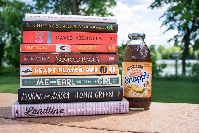 Looking for a new read this summer? Here are 9 books you can cruise through in a weekend! #SipYourSummer [ad]