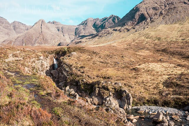 Fairy Pools, Isle of Skye, Scotland - Planning a trip to Scotland? Check out some of the great hikes to do on the Isle of Skye where to stay!