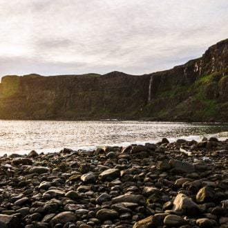 Planning a trip to Scotland? Check out some of the great hikes to do on the Isle of Skye where to stay!