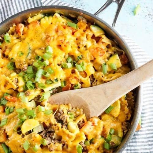 One Skillet Beef & Veggie Cheesy Pasta