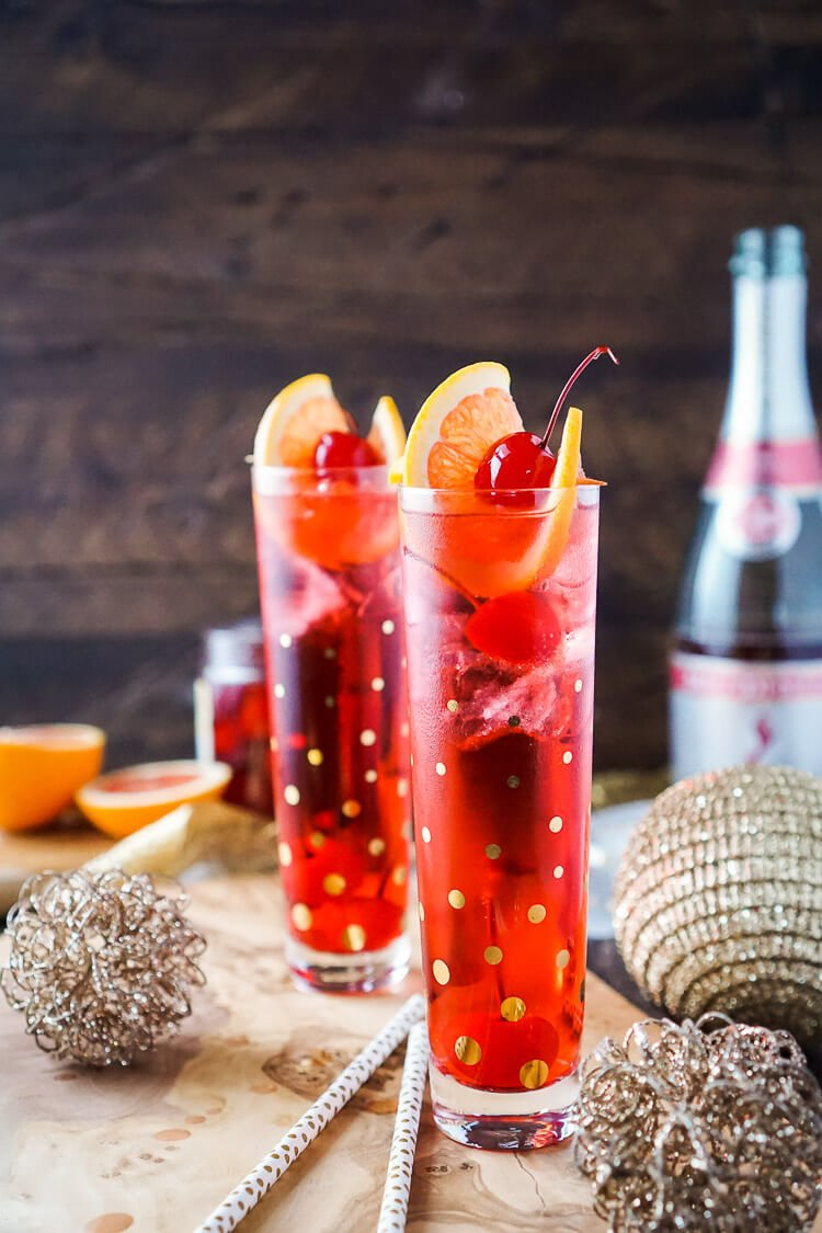Champagne Shirley Temple swaps soda for champagne for an adult twist on the classic drink recipe!
