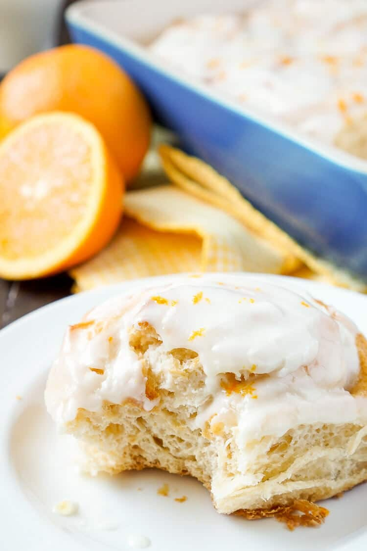 These Orange Marmalade Cream Cheese Sweet Rolls are a quick and easy breakfast! Layers of sweet cream cheese and orange marmalade rolled up into a delicious breakfast treat