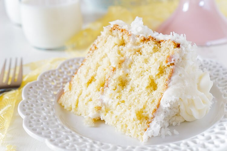 Cake Recipe Light And Fluffy: Classic Coconut Cake