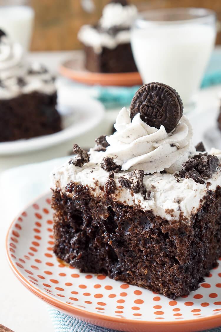 oreo-poke-cake-recipe-9