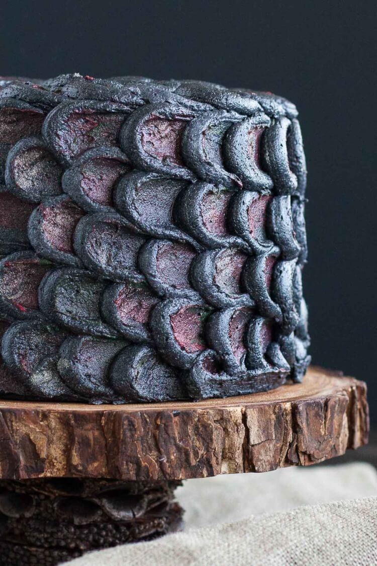 Game of Thrones Dragon Scale Cake