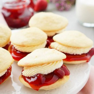 These Strawberries and Cream Whoopie Pies are a fun summer twist on the classic New England treat!