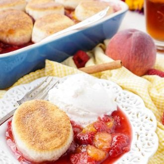 This Raspberry & Peach Cobbler only requires 10 minutes of prep and has just 6 ingredients in it!