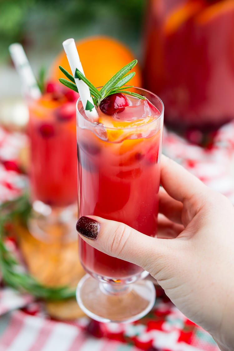Christmas Punch Recipe (Boozy Or Not)