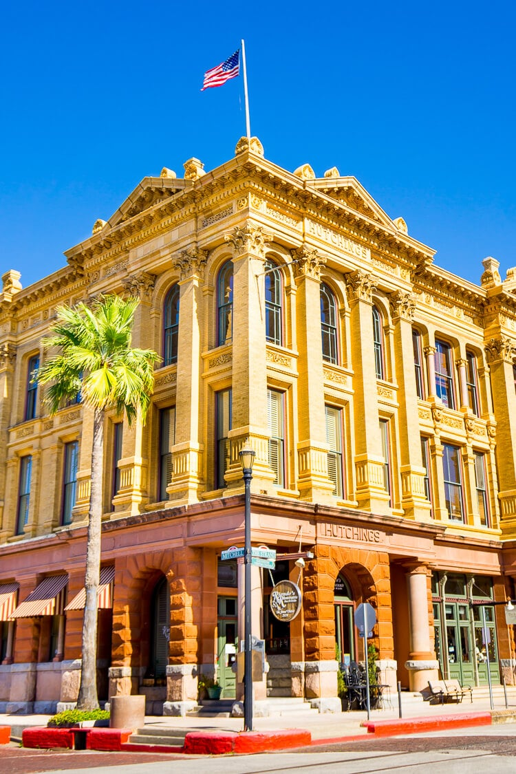 Planning a trip to Galveston Island? Here are 14 things that are not to be missed while you're there!