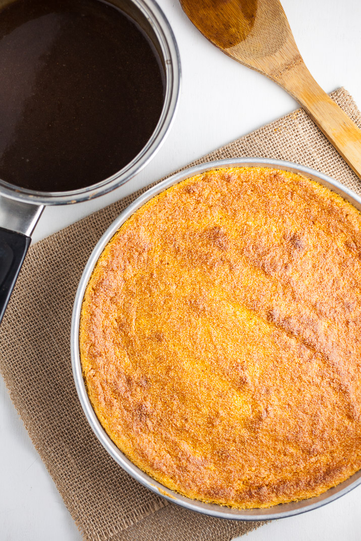 Baked pumpkin cheesecake and cinnamon caramel sauce