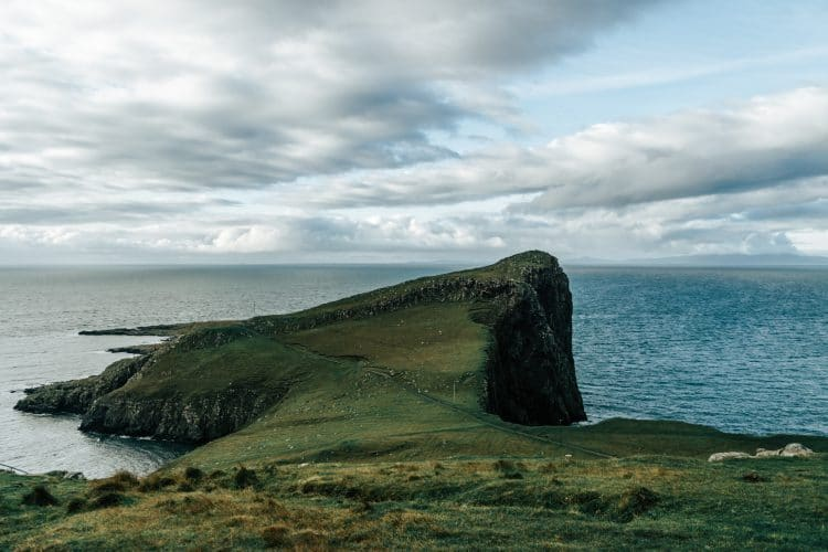 If you're visiting Scotland, make sure you make the trip from Edinburgh to the Isle of Skye! Here's a 3-day itinerary to help guide you along your journey!