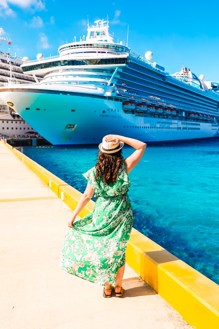 Heading on a cruise and not sure what to stuff in your suitcase? Here's a list of What to Pack for a Caribbean Cruise so you'll have everything you need to enjoy your trip!