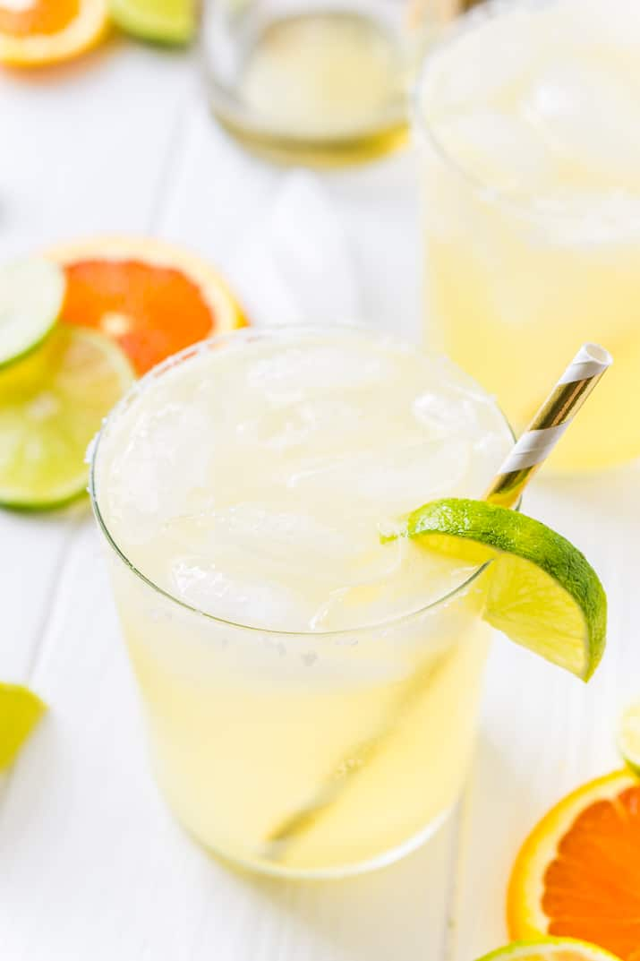 This Skinny Margarita is perfect when you're craving that fresh mix of limes and tequila but trying to save on calories! There are just 98 calories per drink!