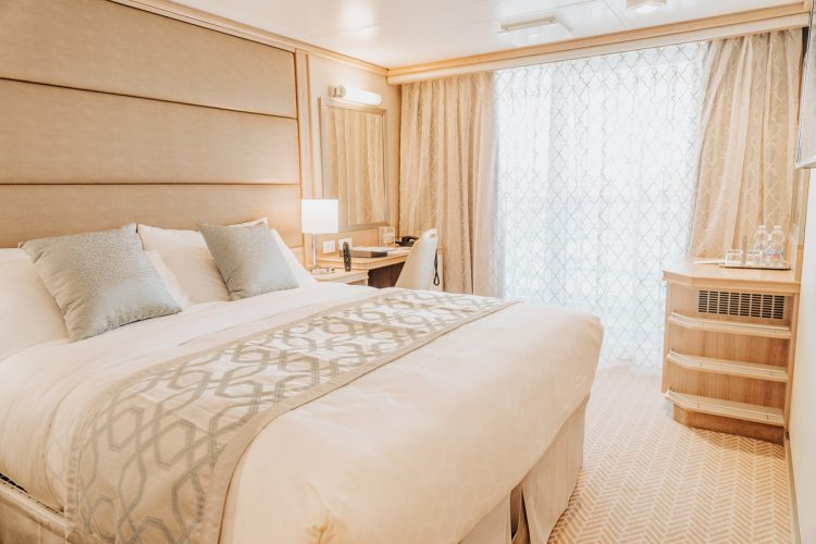Stateroom with balcony on the Sky Princess