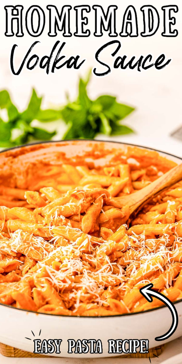 Penne Vodka Sauce takes the best flavors from cream and tomato sauce and blends them together! Made with heavy cream, tomatoes, parmesan cheese, herbs, and spices, it's comforting and delicious. via @sugarandsoulco